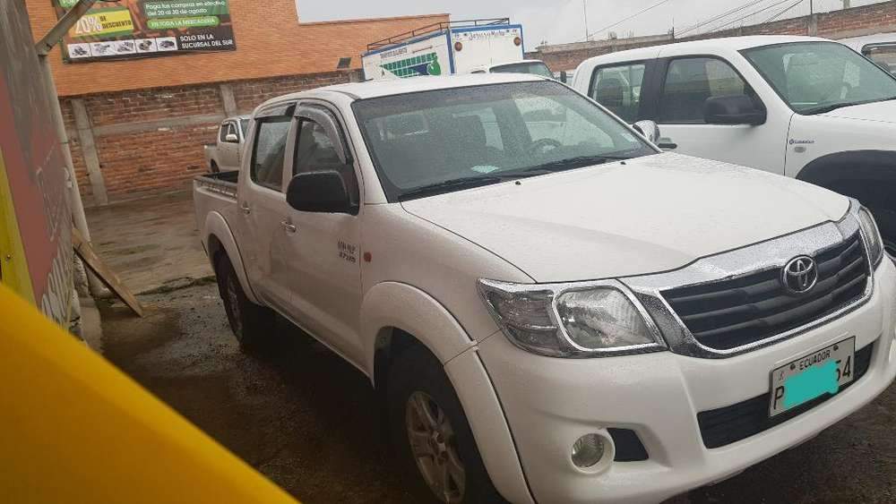 Toyota Hilux 2015 - 75000 km