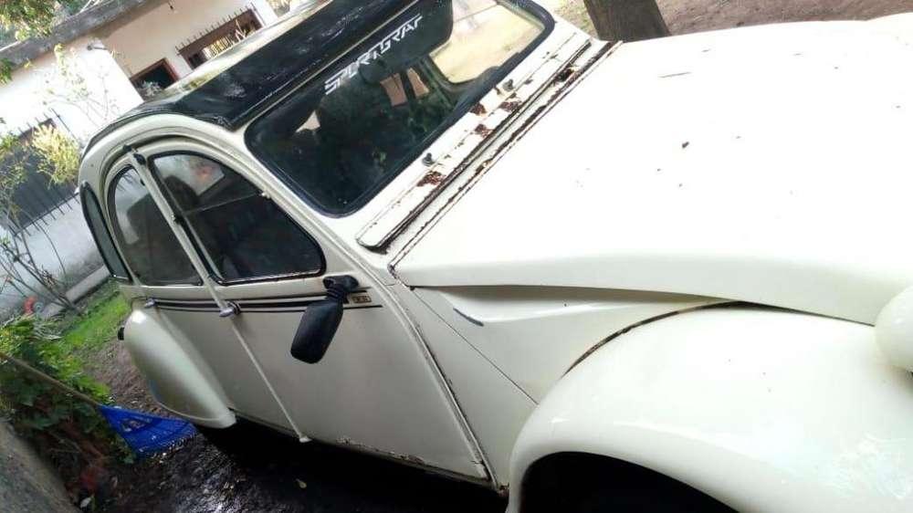 Citroen 3CV 1971 - 1000 km