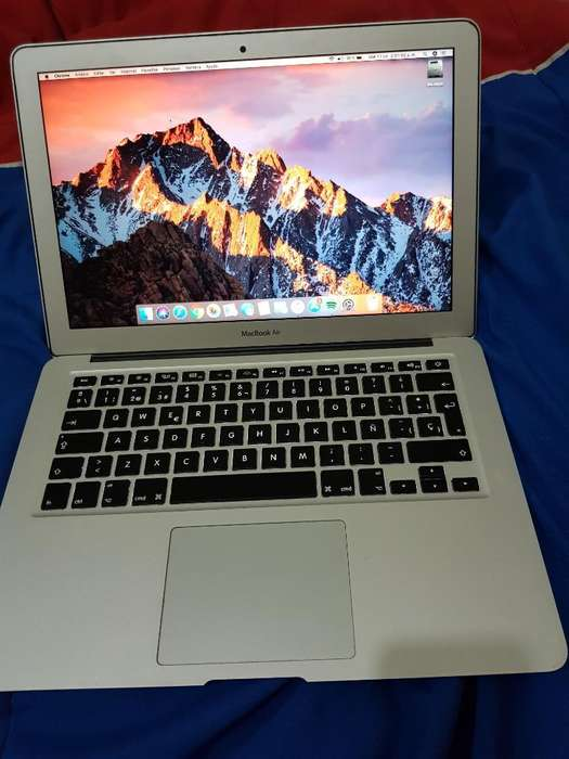 Vendo Apple Macbook Air Mid 2013 13,3 I5