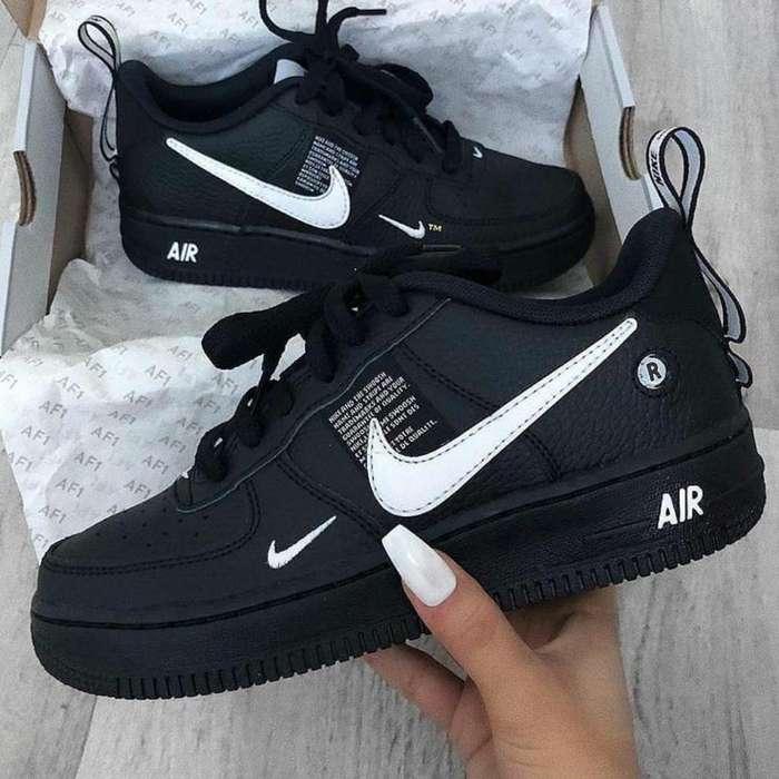 Zapatillas Nike Adidas