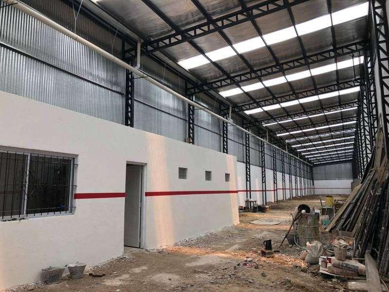 Alquiler deposito 700 m2 - Dock Sud