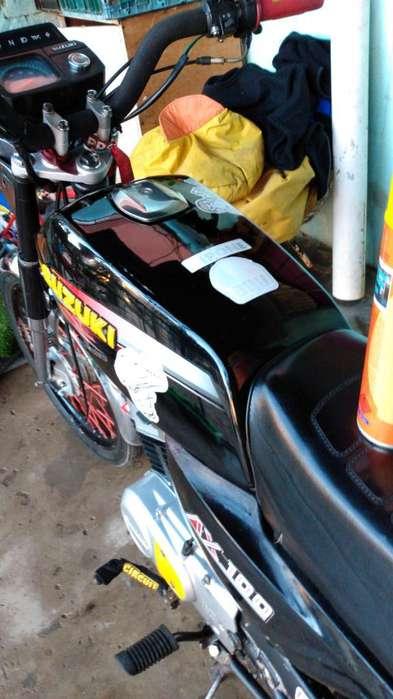 Vendo O Permuto <strong>suzuki</strong> Ax 100 Modelo 94