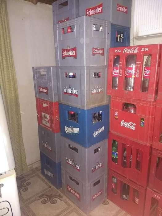 Vendo Cajones de Cerveza Y Coca Cola