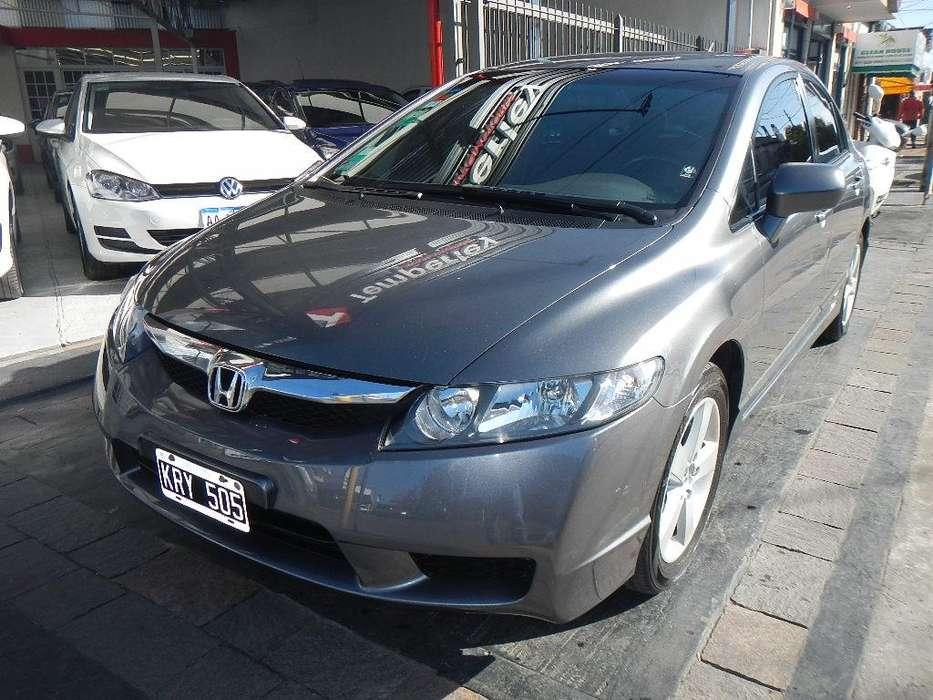 Honda Civic 2011 - 110000 km