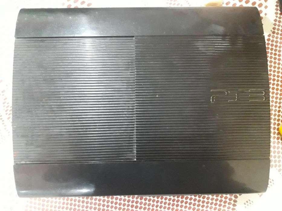 Vendo PS3 Super Slim 500Gb 6 juegos