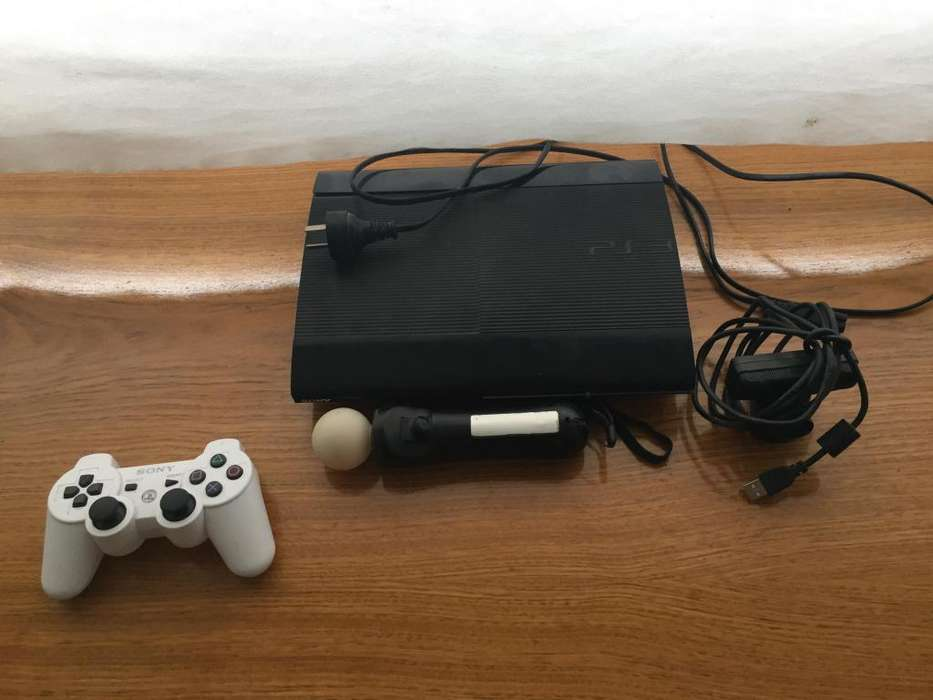 Play Station 3 slim 500 gb usada