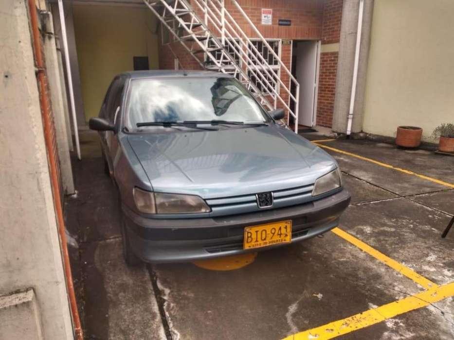 Peugeot 306 1997 - 1400 km
