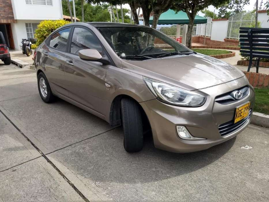 <strong>hyundai</strong> Accent 2012 - 60200 km