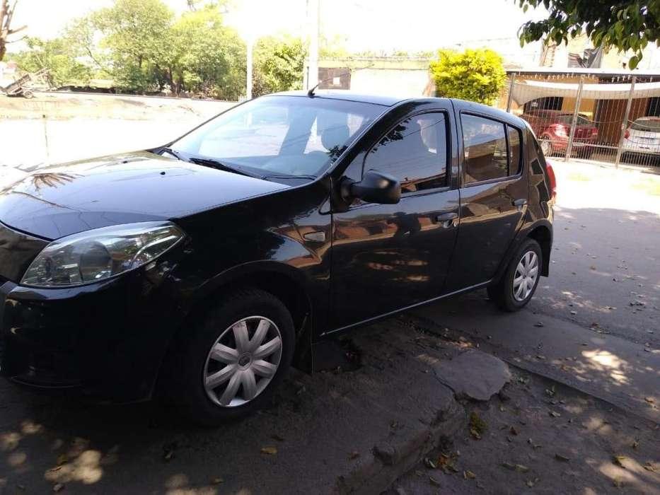 Renault Sandero 2013 - 80000 km
