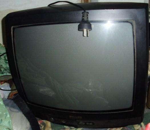<strong>televisor</strong> PHILIPS 19 A REVISAR TECNICO