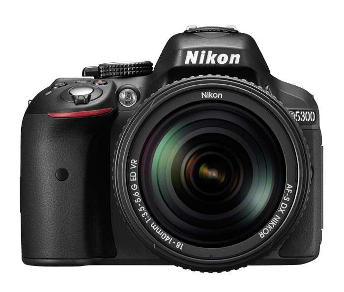 Cámara Nikon D5300 con lente 18-55mm afp