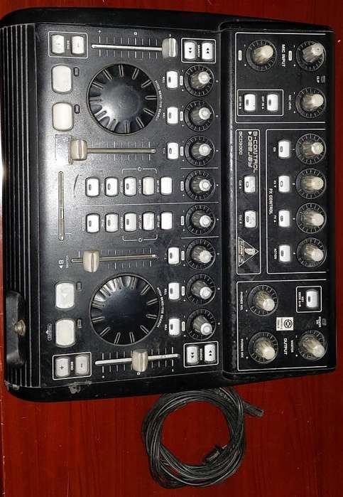 Controladora Dj Behringer Bcd 3000