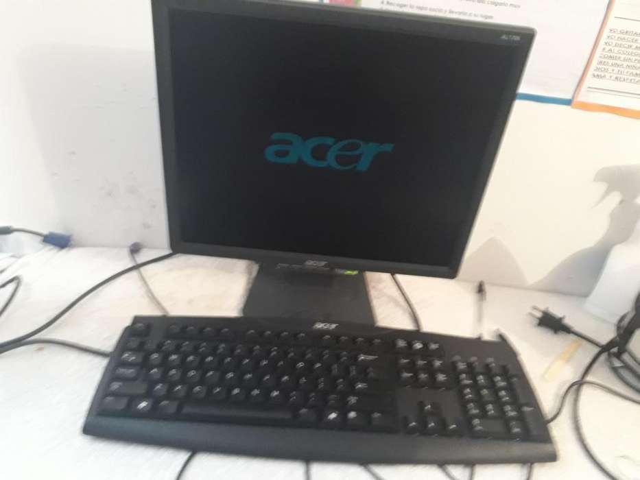 Monitor 17 y teclado