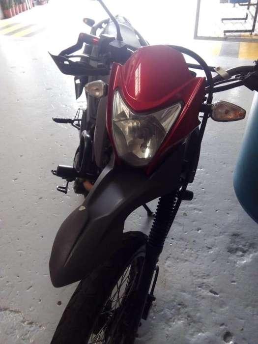 Moto AKT TT 125 MOD 2015