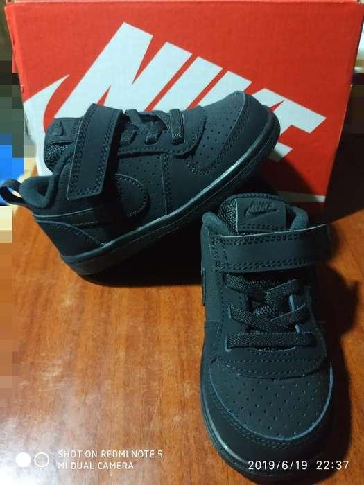 Nike Court Borough Low Talla 22.5