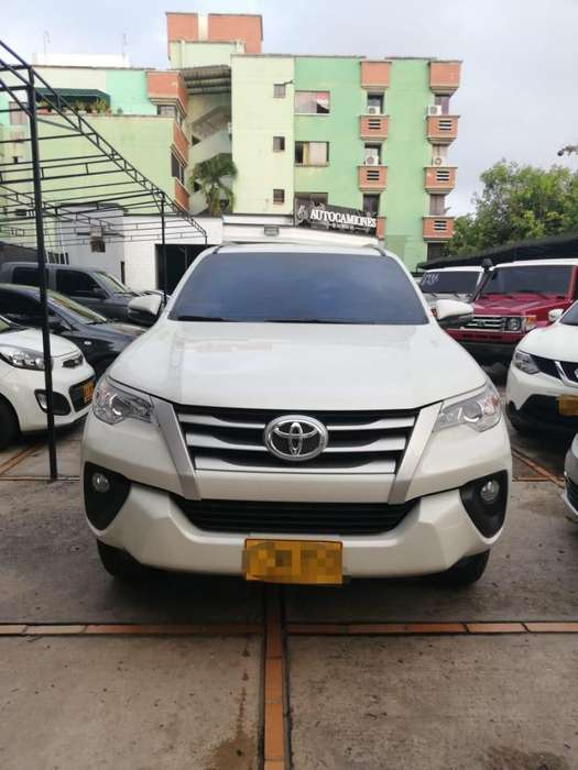 <strong>toyota</strong> Fortuner 2019 - 5000 km
