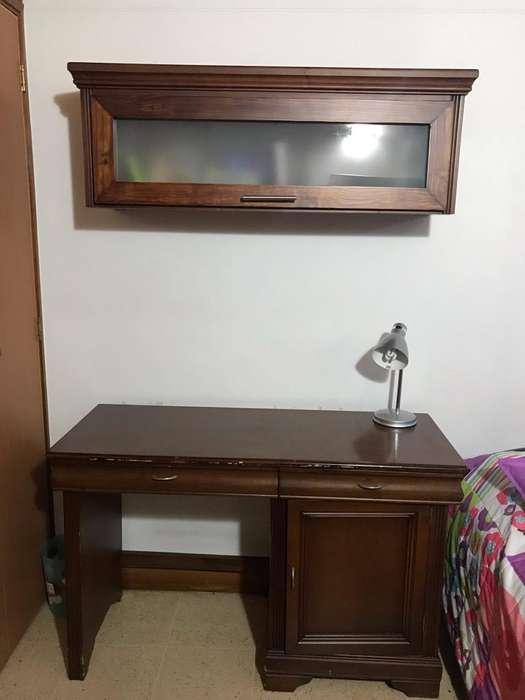 <strong>escritorio</strong> Repisa Flotante