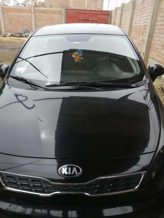 Kia Rio Hatchback 2014 - 90000 km