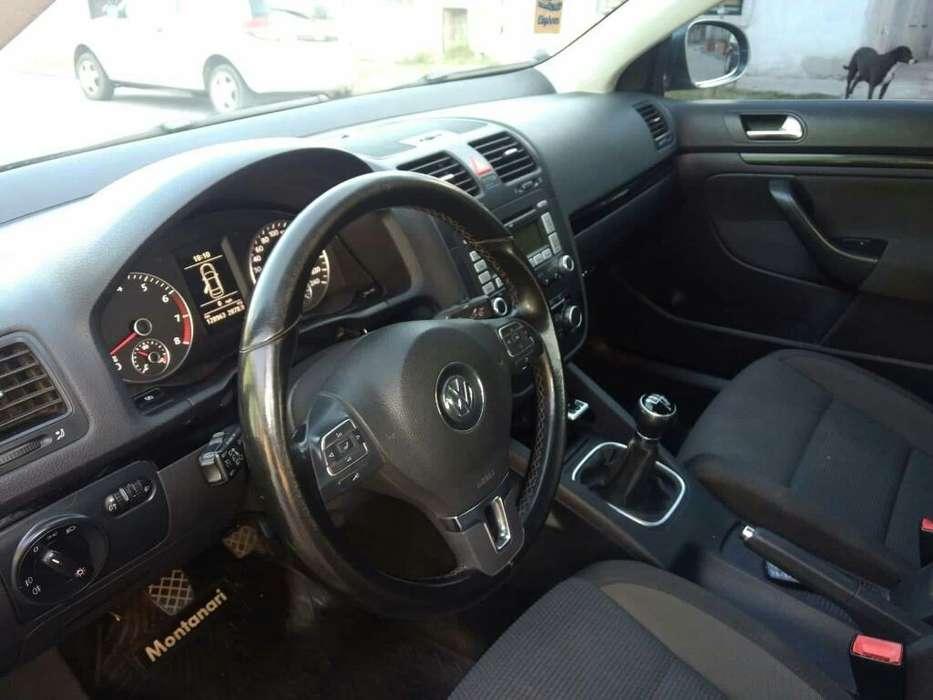 Volkswagen Vento 2010 - 130000 km