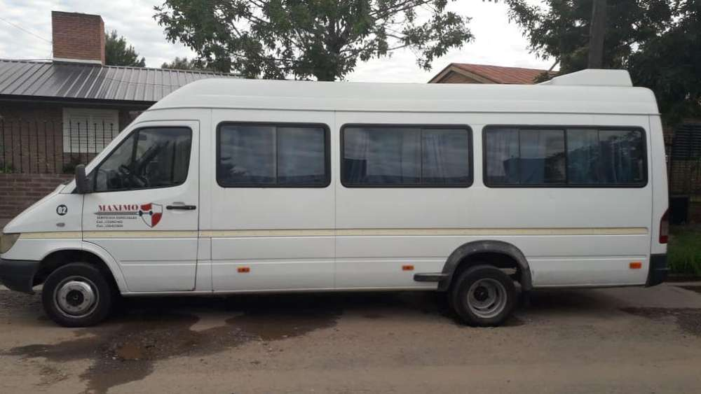 Vendo Sprinter 413 Modelo 2005 Minibus