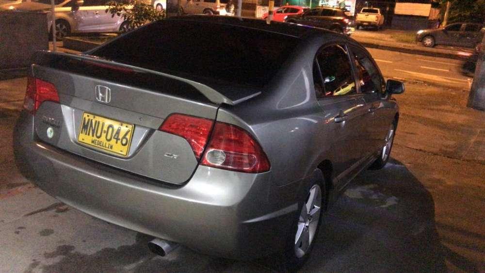 Honda Civic 2007 - 134000 km