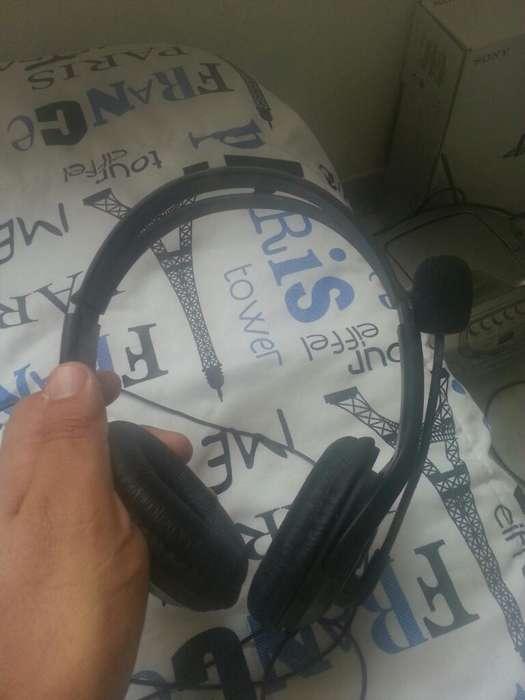 Vendo Auriculares de Xbox 360 Y Play 3,4