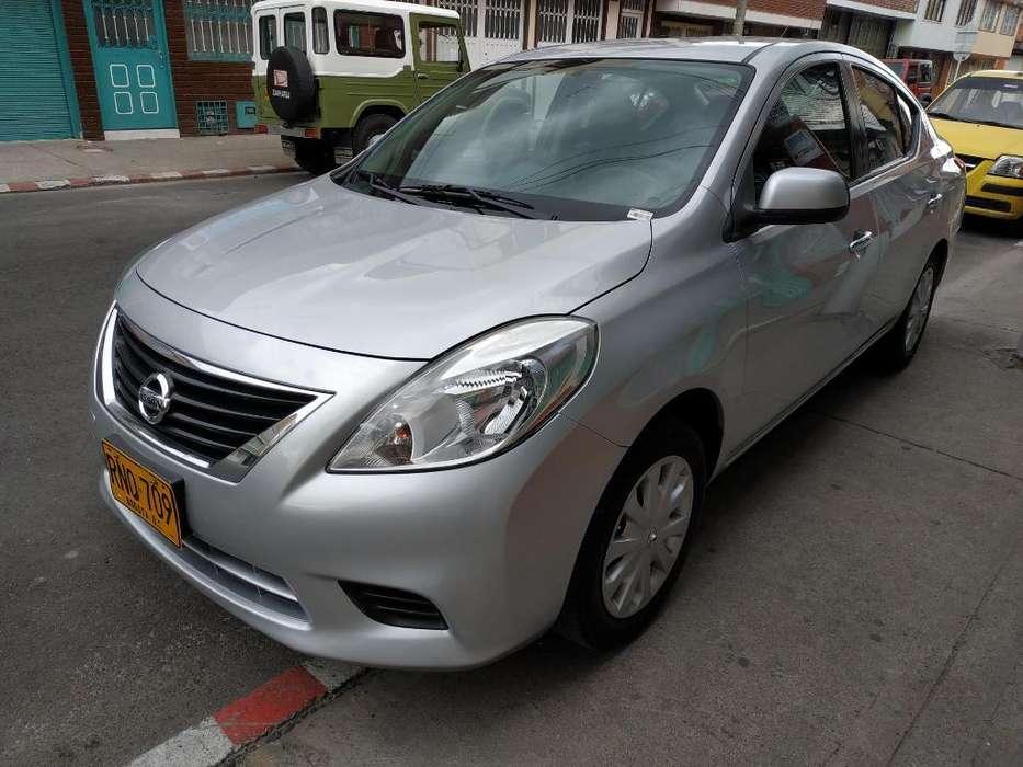 Nissan Versa 2012 - 72000 km