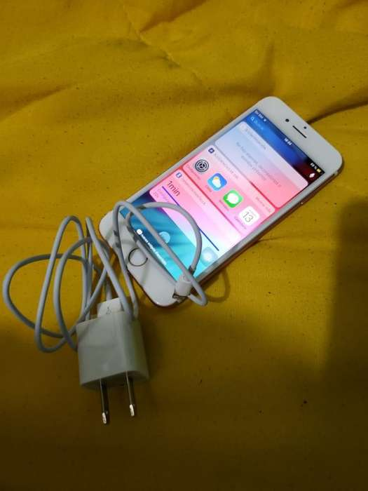 iPhone 7 Gold Rose 32gb con Cargador