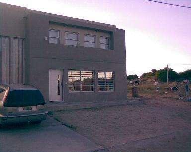 Dueño Vende Galpón con oficinas y vivienda. Villa Gesell