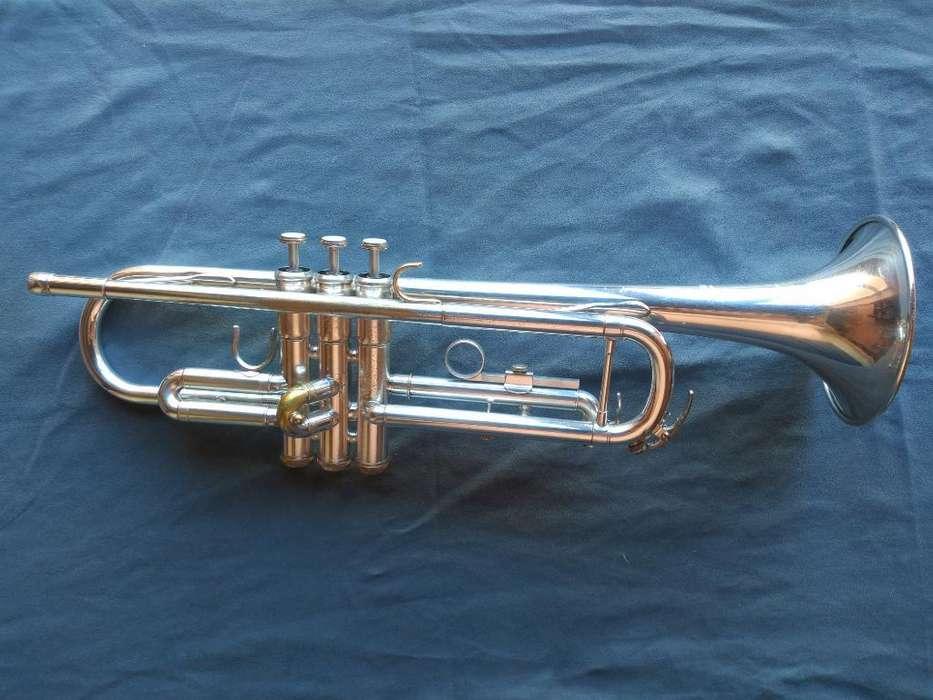 Trompeta Yamaha (ytr 2335 Plateada)