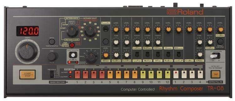 ROLAND TR-08 Rhythm Composer nueva de paquete
