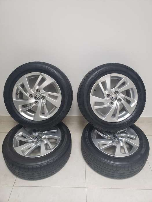 Rines Originales Honda 15'' con <strong>llanta</strong>s.