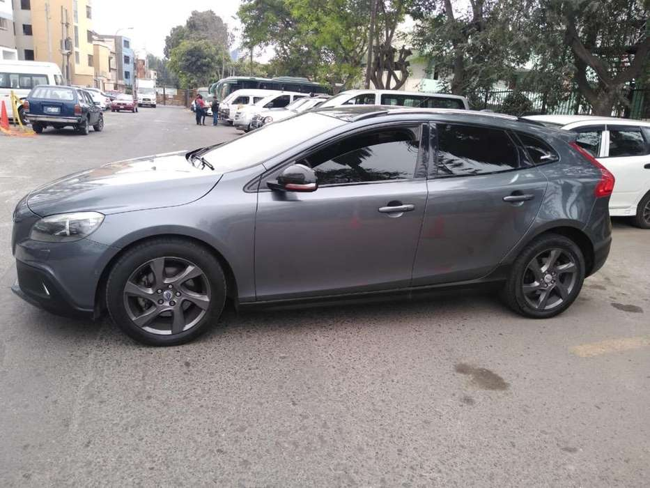 <strong>volvo</strong> V40 2014 - 59000 km