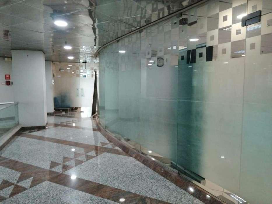 Alquilo Amplia Oficina 145 m² en El Edificio Las Camaras