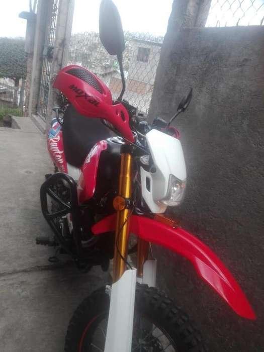 Vendo moto tumdra en 1700 y una moto sierra en 140 <strong>nueva</strong>s llamar al 09