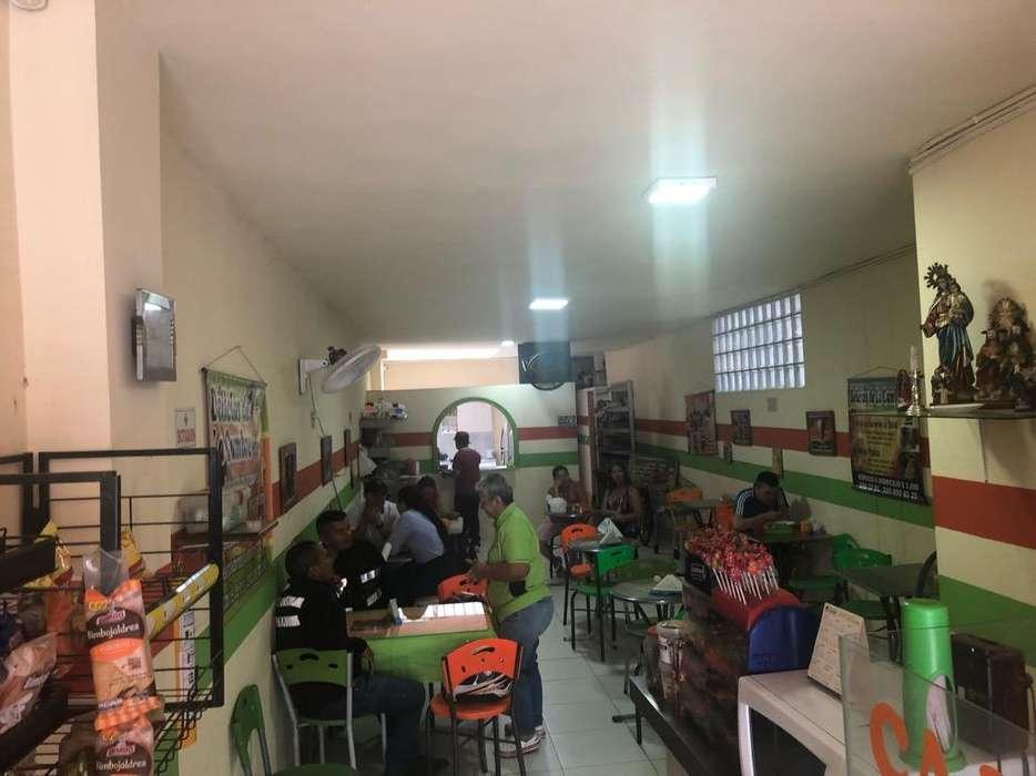 Se Vende Restaurante en La Obra 2000
