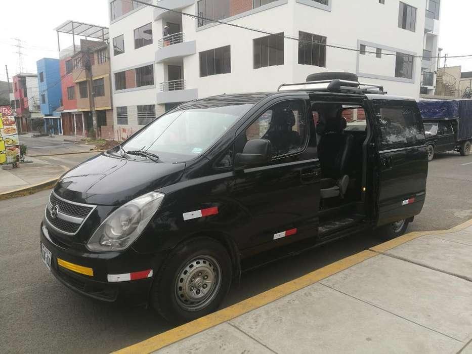 Alquiler Minivan Hyundai H1 11 Pasajeros