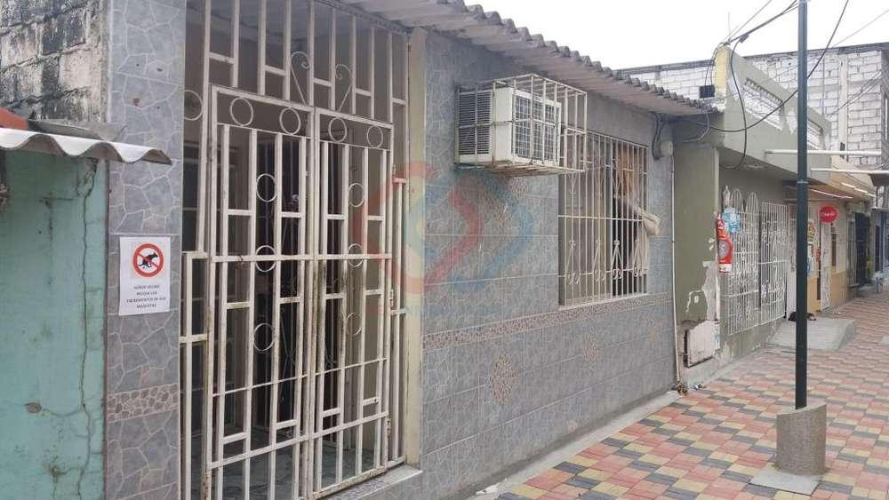 COD# 86 VENDO PRECIOSA CASA EN SAUCES 5 CERCA DE ALBORADA, GUAYACANES, SAMANES