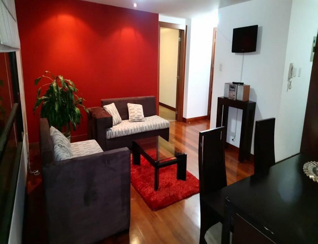 Granda Centeno, suite, 65 m2, amoblada, 1 habitación, 2 baños, 1 parqueadero