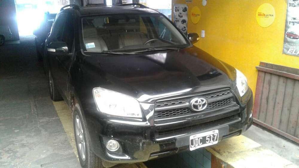 Toyota RAV4 2010 - 180000 km