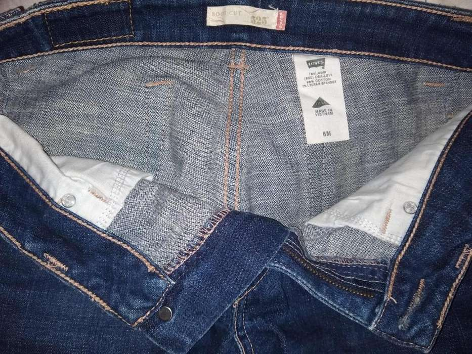 Pantalon Jean <strong>levis</strong> Straus Mujer M6 Boot Cut 525 Poco Uso