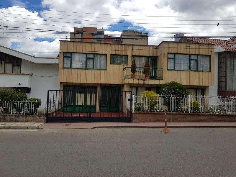 Casa En Venta En Duitama Solano Cod. VBPRE1732