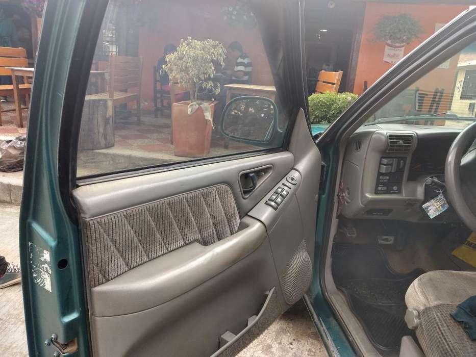 Chevrolet Blazer 1996 - 800000 km