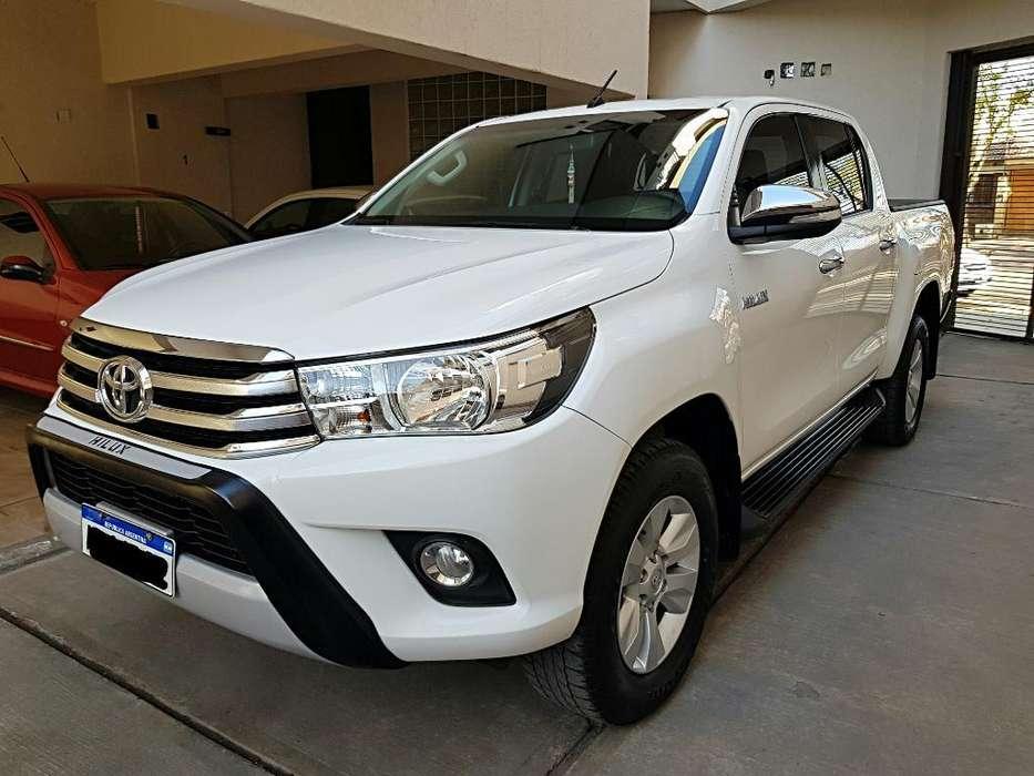 Toyota Hilux 2017 - 43000 km