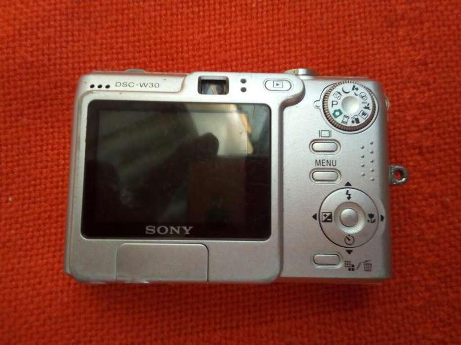 Se Vende Camara Fotografica Sony Cybert