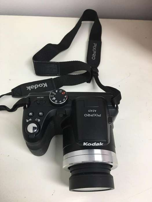Vendo Camara Kodak Pixpro Az421