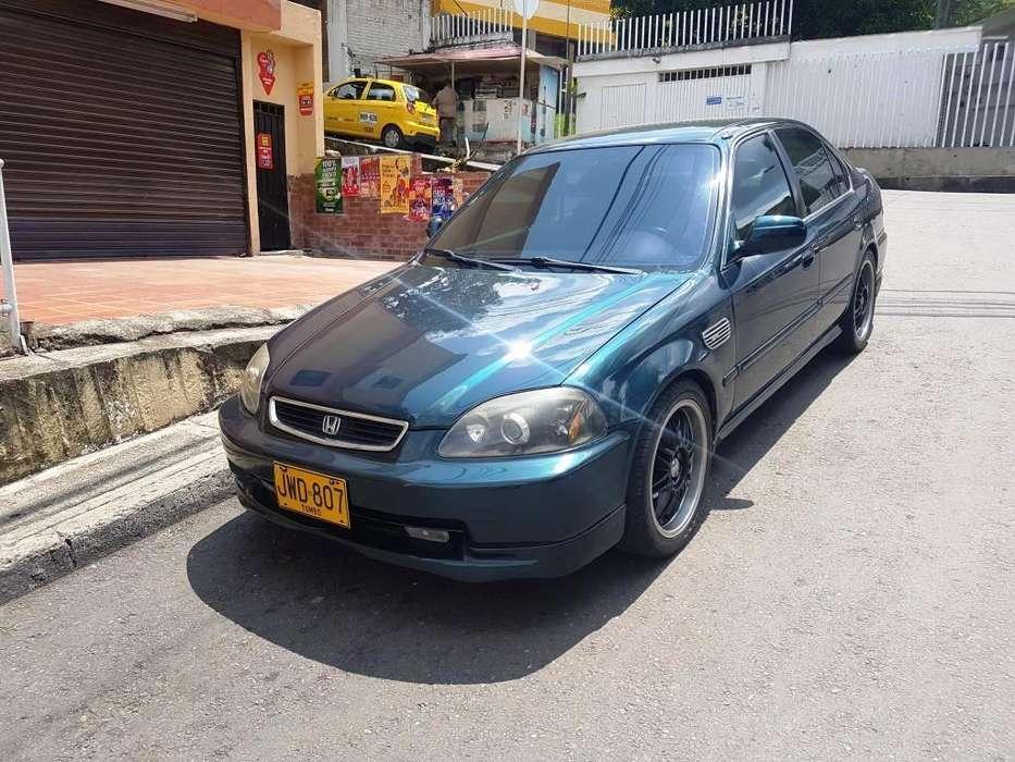 Honda Civic 1998 - 300000 km