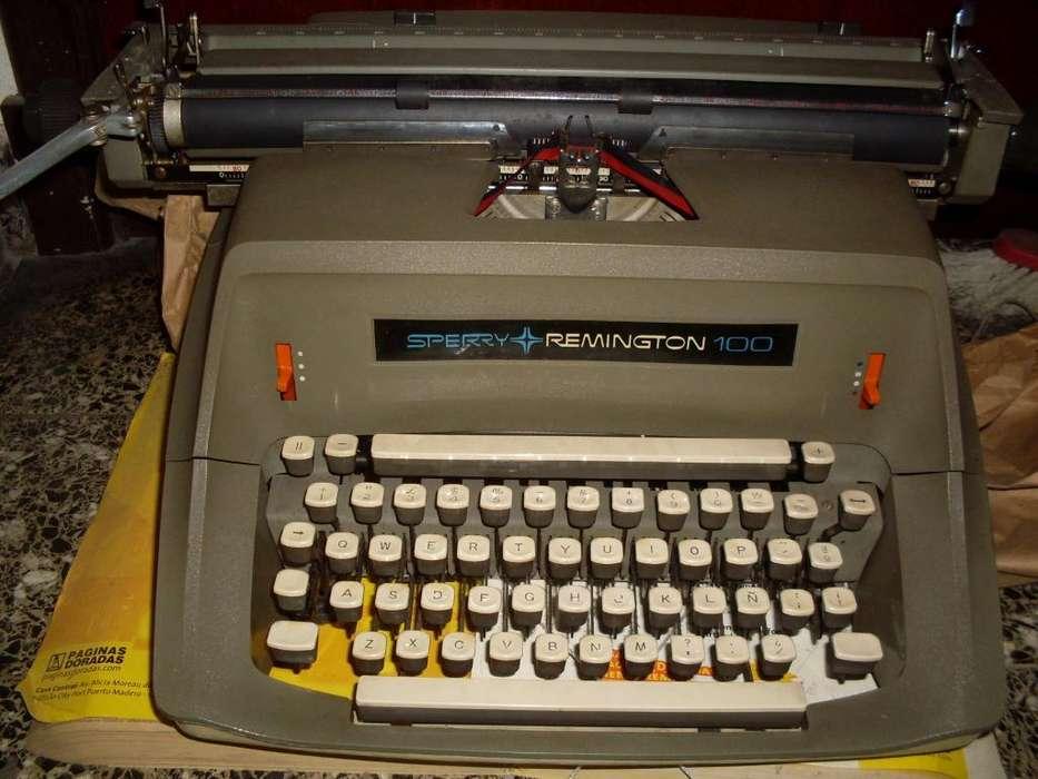 Maquina de Escribir Remington Sperry 100