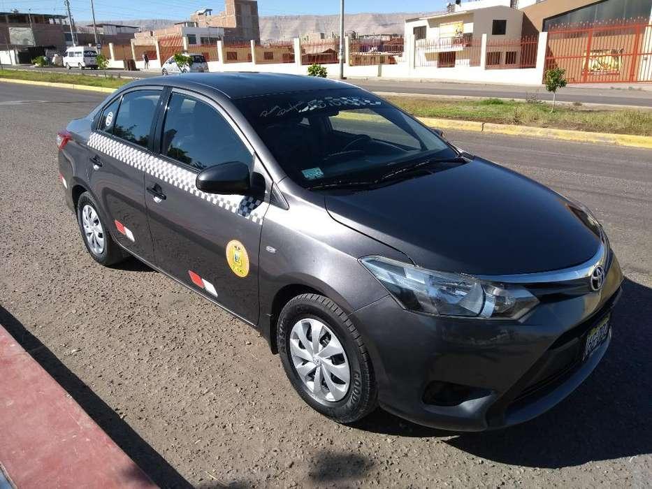 Toyota Yaris 2014 - 135000 km