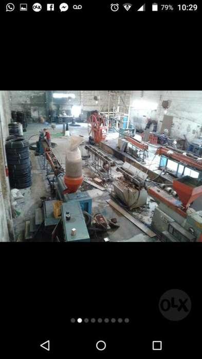 Bodega con 2 Galpones Industriales 1300m